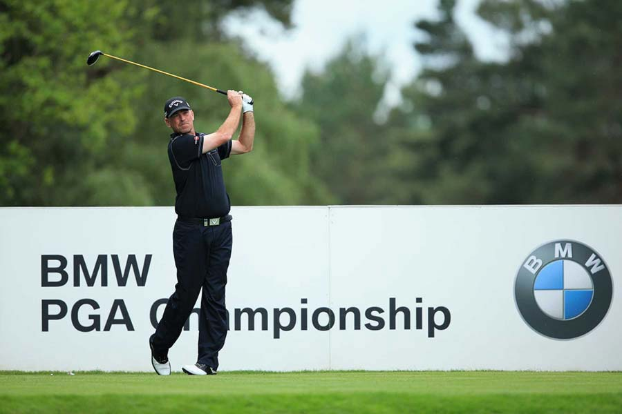An image of a golfer competing in the BMW PGA Golf Championchip - book a chauffeur to this event from GandT Executive